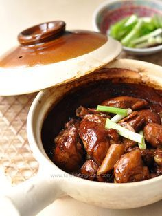 Chinese Three-Cup Chicken | Hong Kong Food Blog with Recipes, Cooking Tips mostly of Chinese and Asian styles | Taste Hong Kong