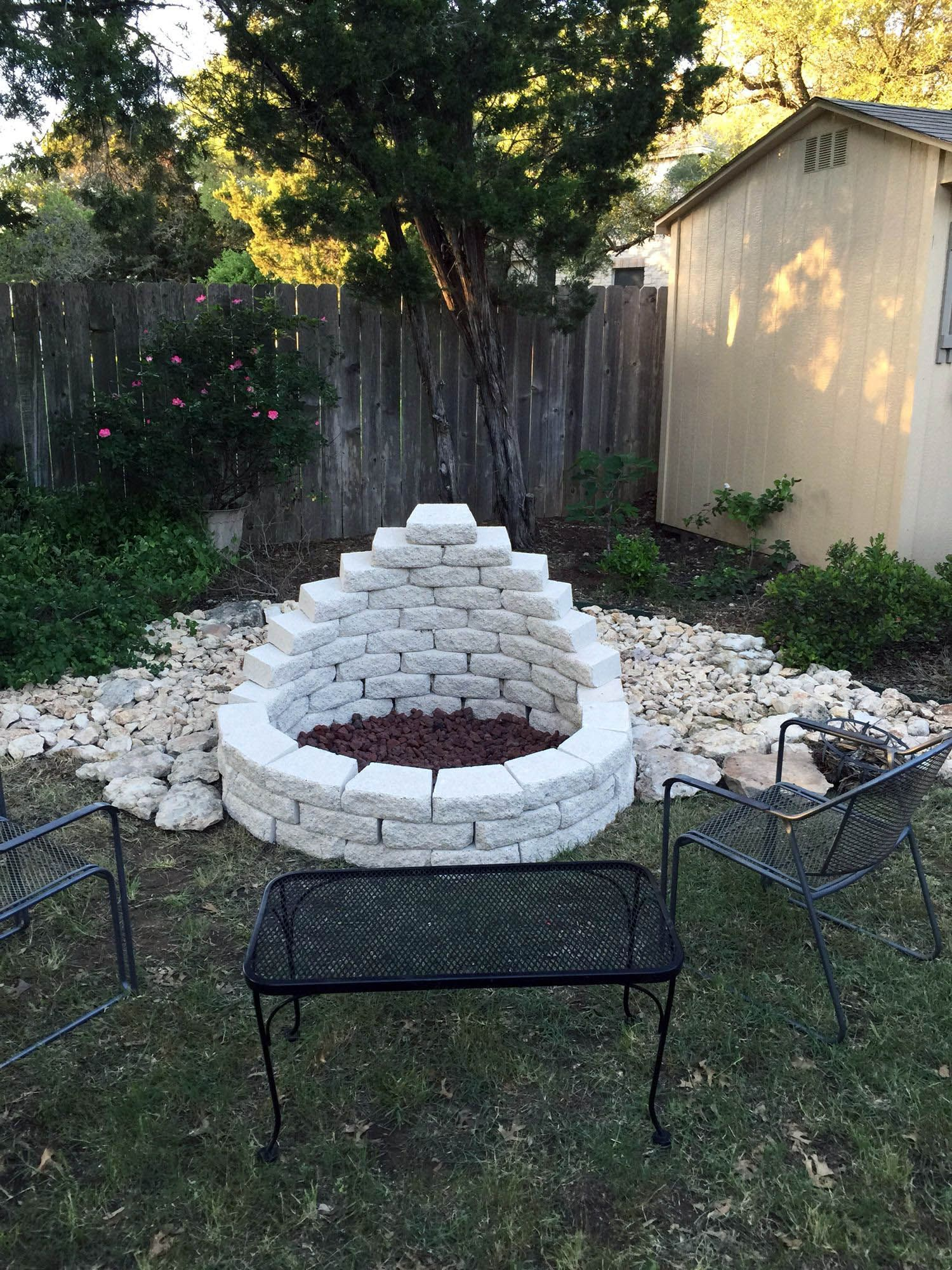 27 Awesome Diy Firepit Ideas For Your Yard Diyfirepit Outside Fire Pits Cool Fire Pits Outdoor Fire Pit Designs
