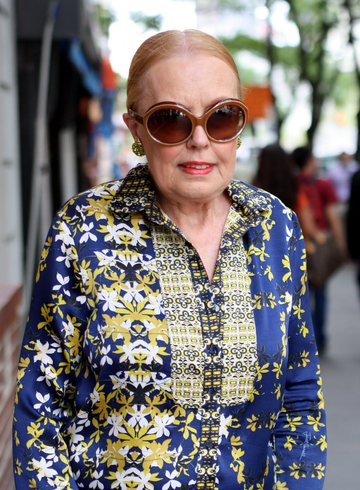 Not afraid of color and patterns aging with style pinterest