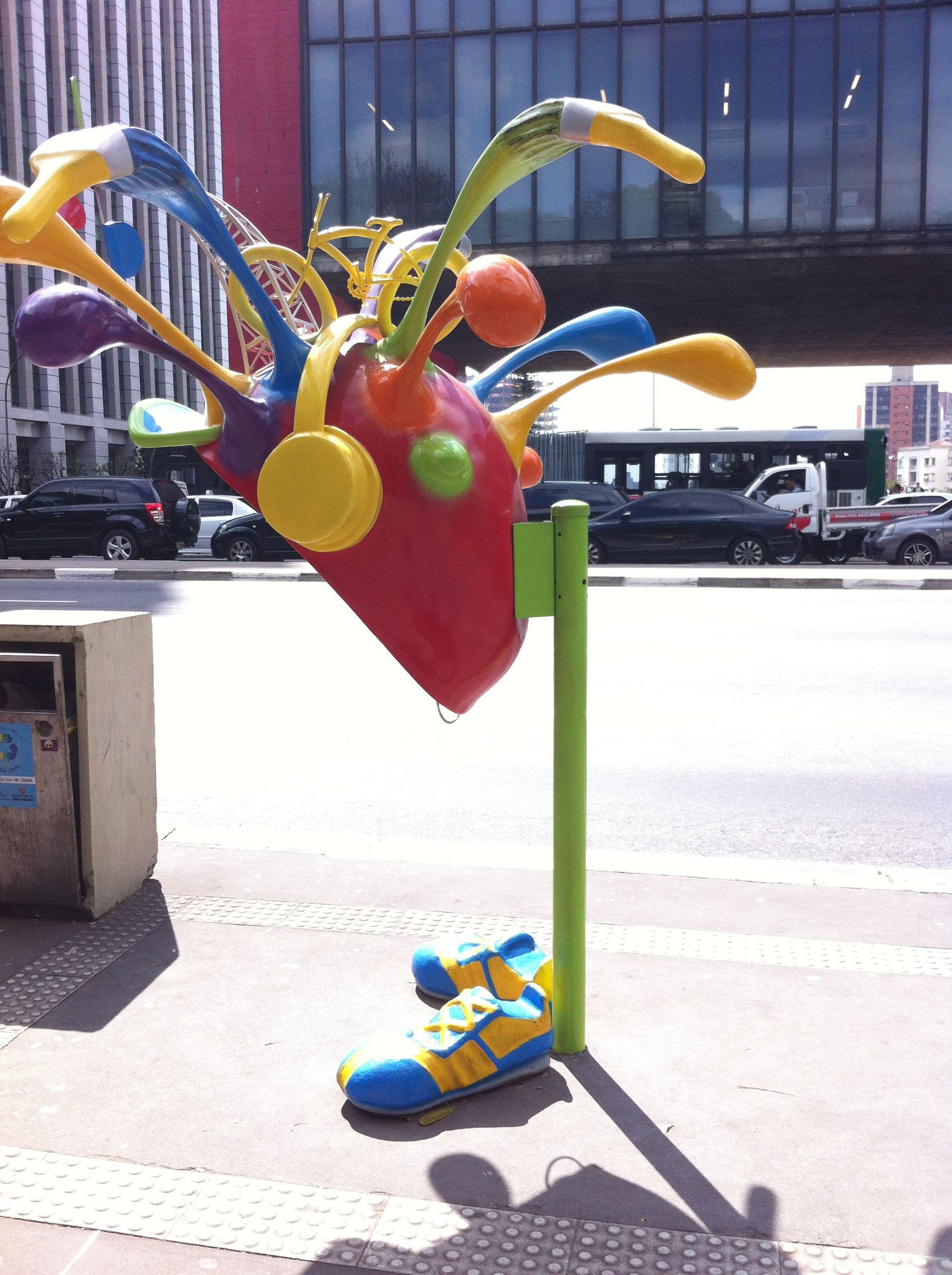 Cabinas telefónicas en São Paulo: arte urbano I