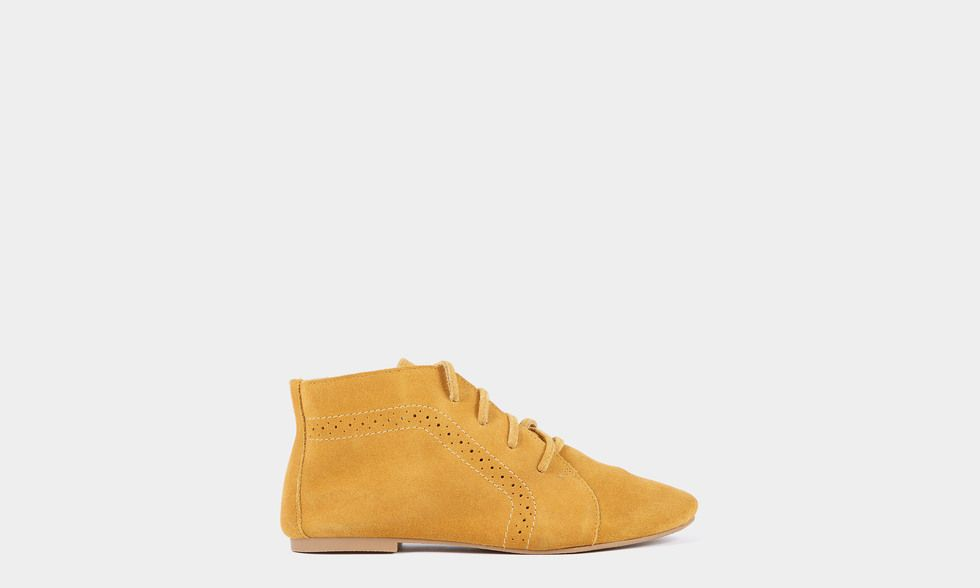 "Zapato Abotinado Piel ""Indian"" Mostaza"