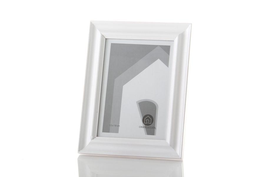 Portafotos en #madera de color #blanco de Casa Selección. #Marco ...
