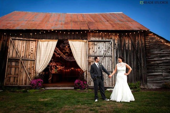 Burlap and Beams | Albany NY. Barn Wedding Venue. Rustic ...