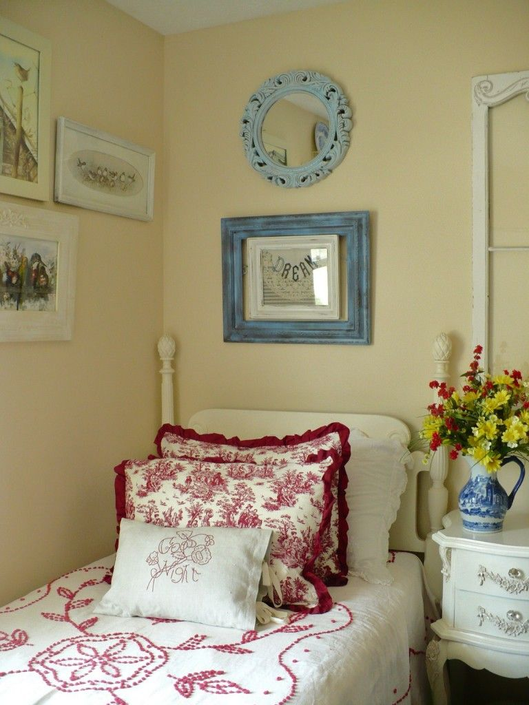 Red & Blue Bedroom | Shabby Chic with a French Country ...