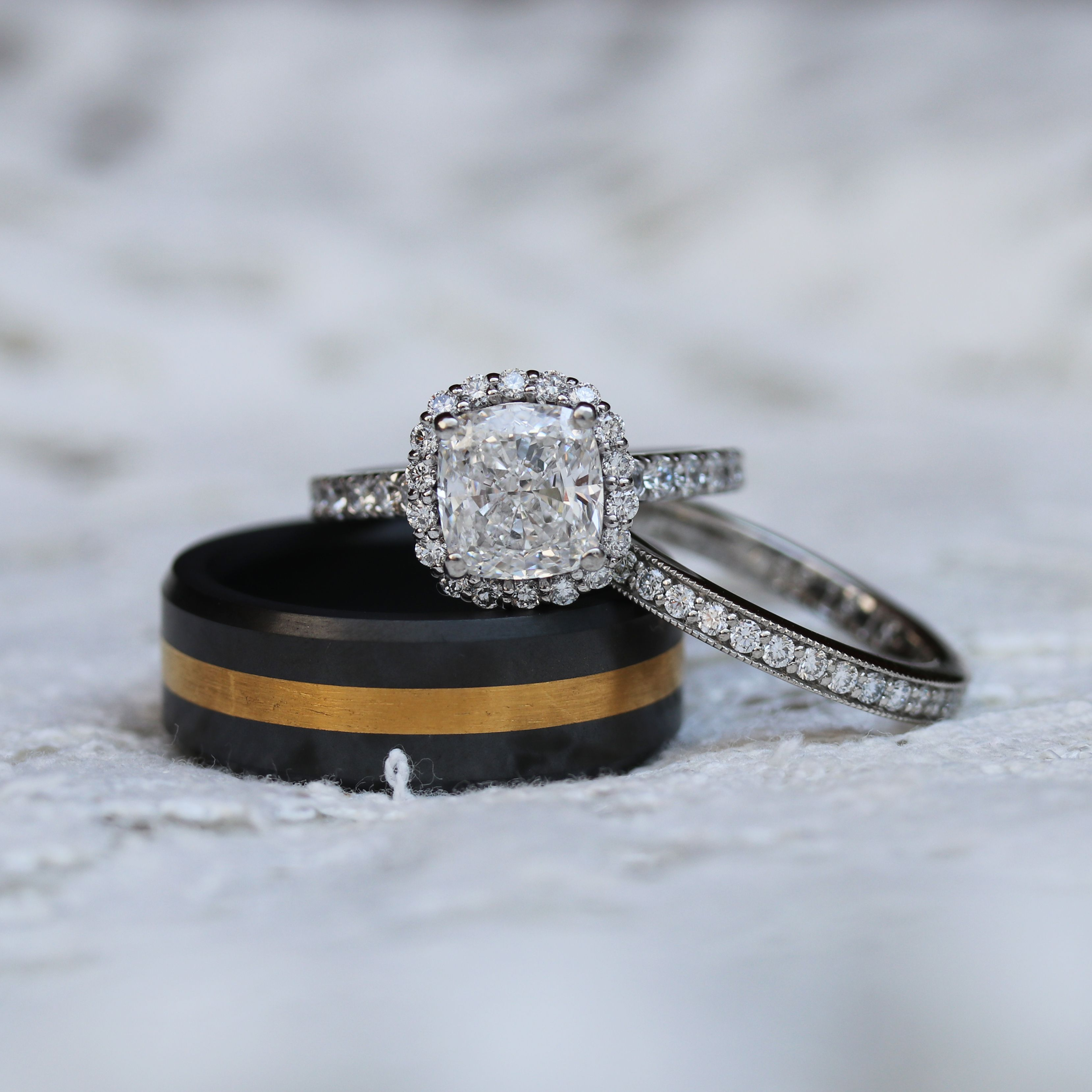 Lab Grown Diamond Engagement Rings And Wedding Bands Find The Perfect Match For Your Bridal Lab Grown Diamonds Engagement Engagement Rings Diamond Engagement