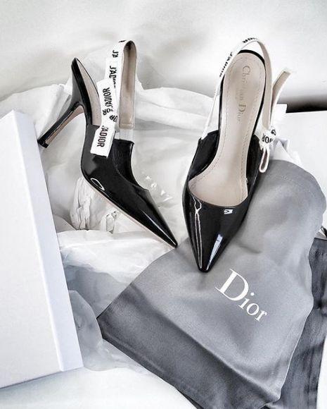 Dior     pinterest: Blanca Z.