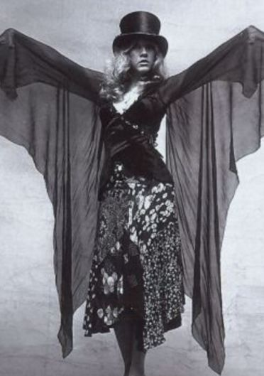 How To Wear A Top Hat And Create Stevie Nicks Style Stevie
