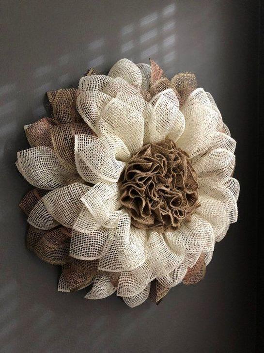 Photo of 60 Easy DIY Outdoor Winter Wreath For Your Door #outdoorflowers burlap flower wr …