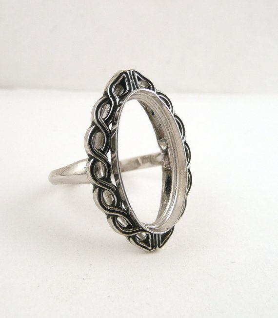 Vintage Sterling Silver Cabochon Ring Setting // by CastoGemstones, $16.00