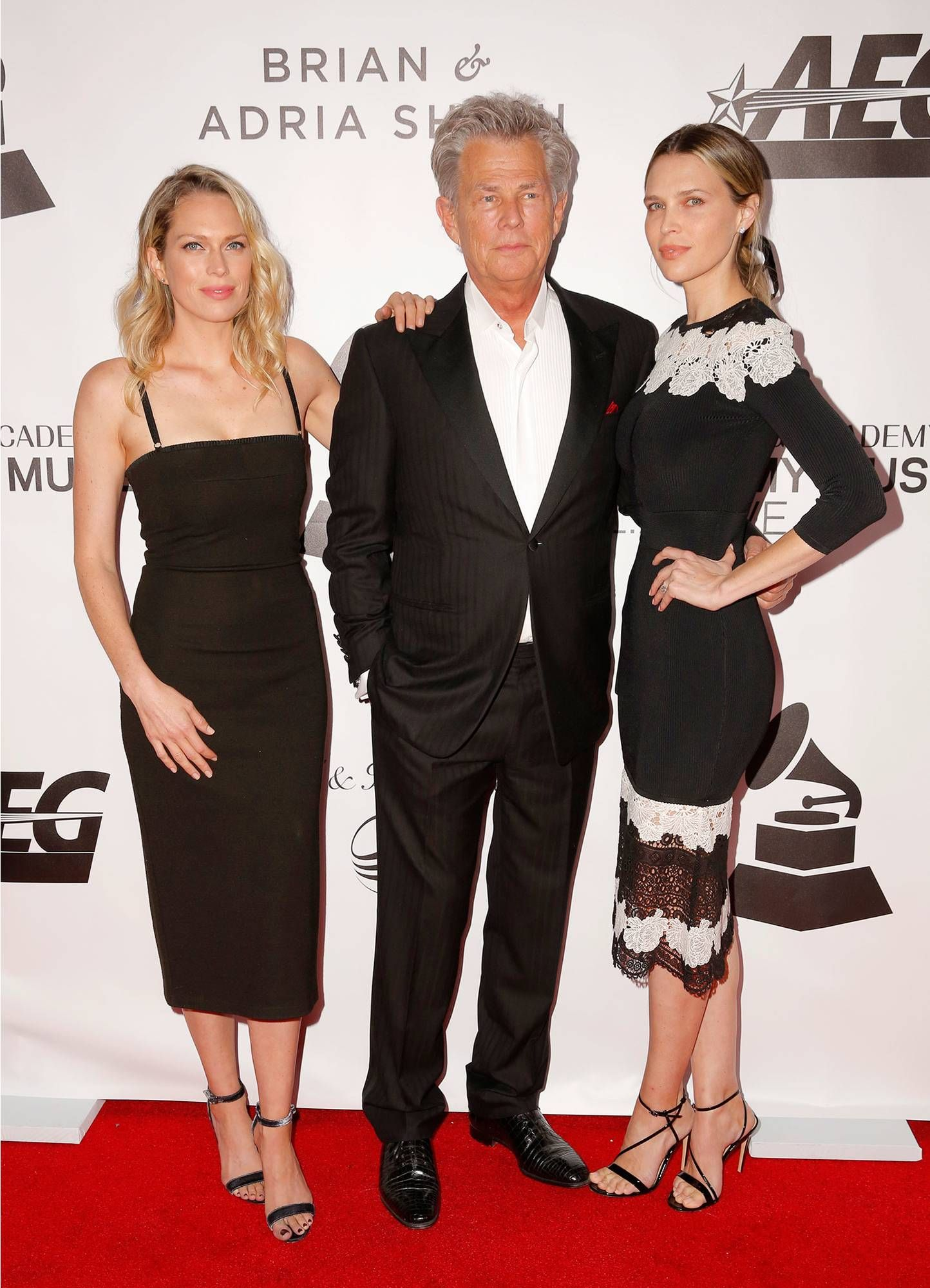 David Foster S Daughters Erin And Sara Joke About The Age Difference But Love His Fiancee Katharine Mcphee Source David Foster Daughters The Fosters Daughter