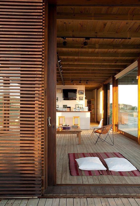 Persianas de madera para terrazas cool small homes for Persianas para terrazas