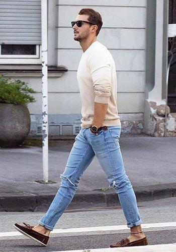 2d4e24bff7ddd  30代・40代×春の休日 ベージュセーター+ブルージーンズの着こなし(メンズ)
