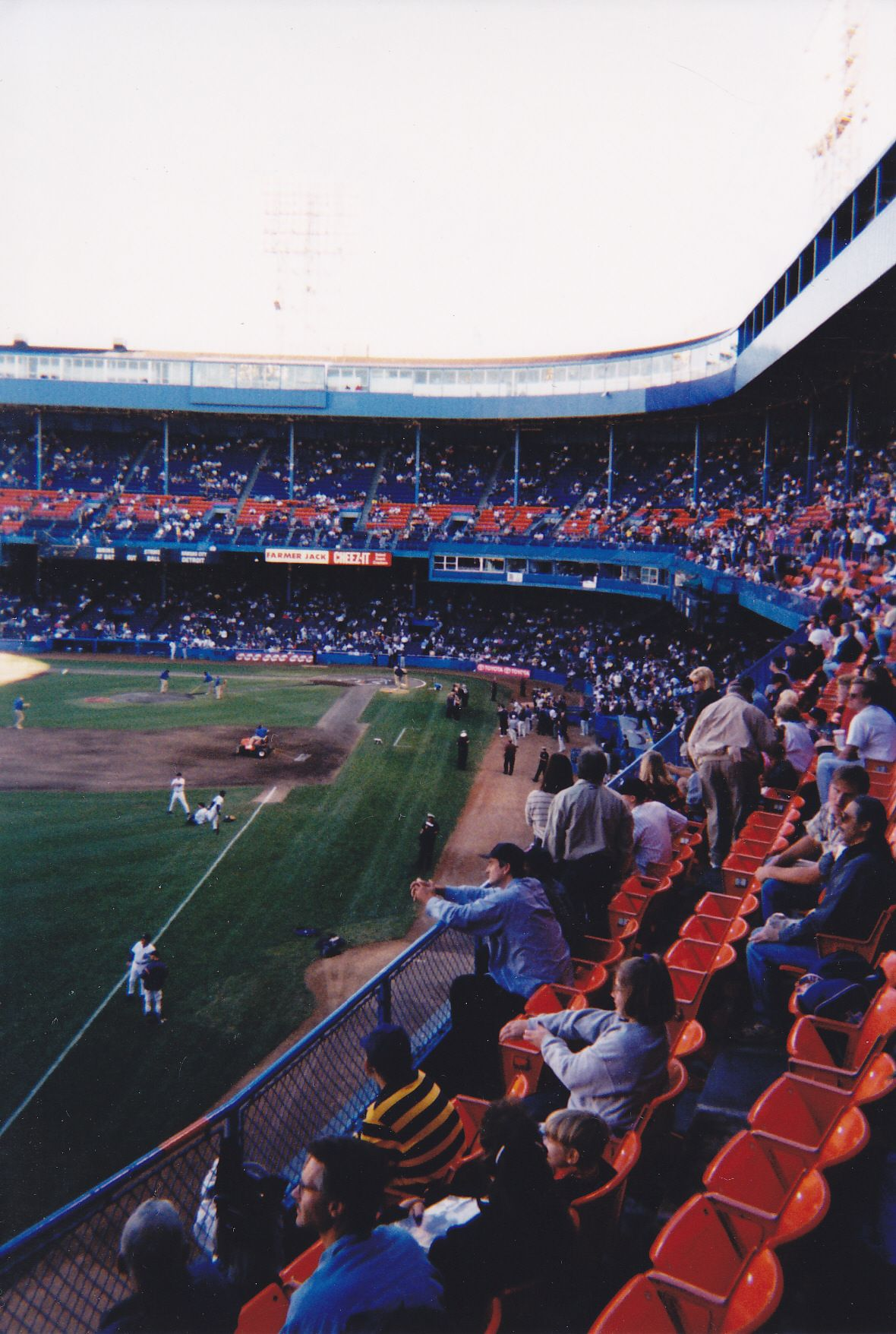 The Third To Last Game At Old Tiger Stadium Http Www Baseball Reference Com Boxes Det Det199909250 Sh Baseball Stadiums Parks Major League Baseball Stadiums
