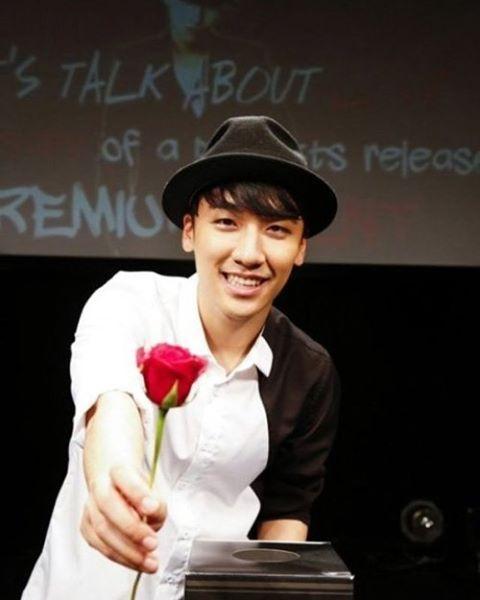 "15 Likes, 4 Comments - Amandao90 (@amandae90) on Instagram: ""He's so adorable 🌹🥀🐼💟🔥 #seungri #leeseunghyun #VI"""