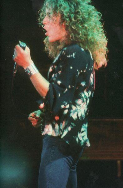 Robert Plant . (Percy ! )  Wow !!