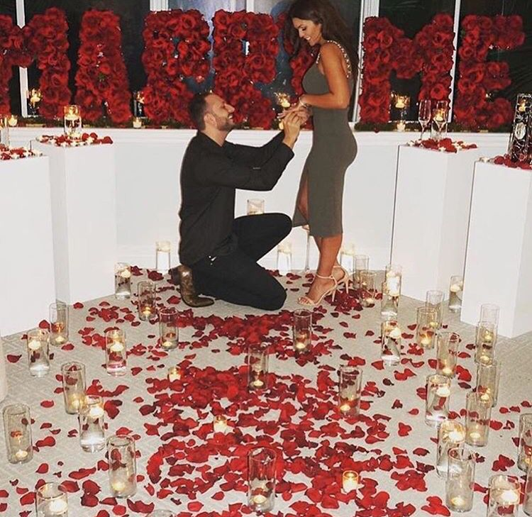 7 Ideas For Surprising Wedding Proposal: @itsnaturallydes #love#relationshipgoals#engaged