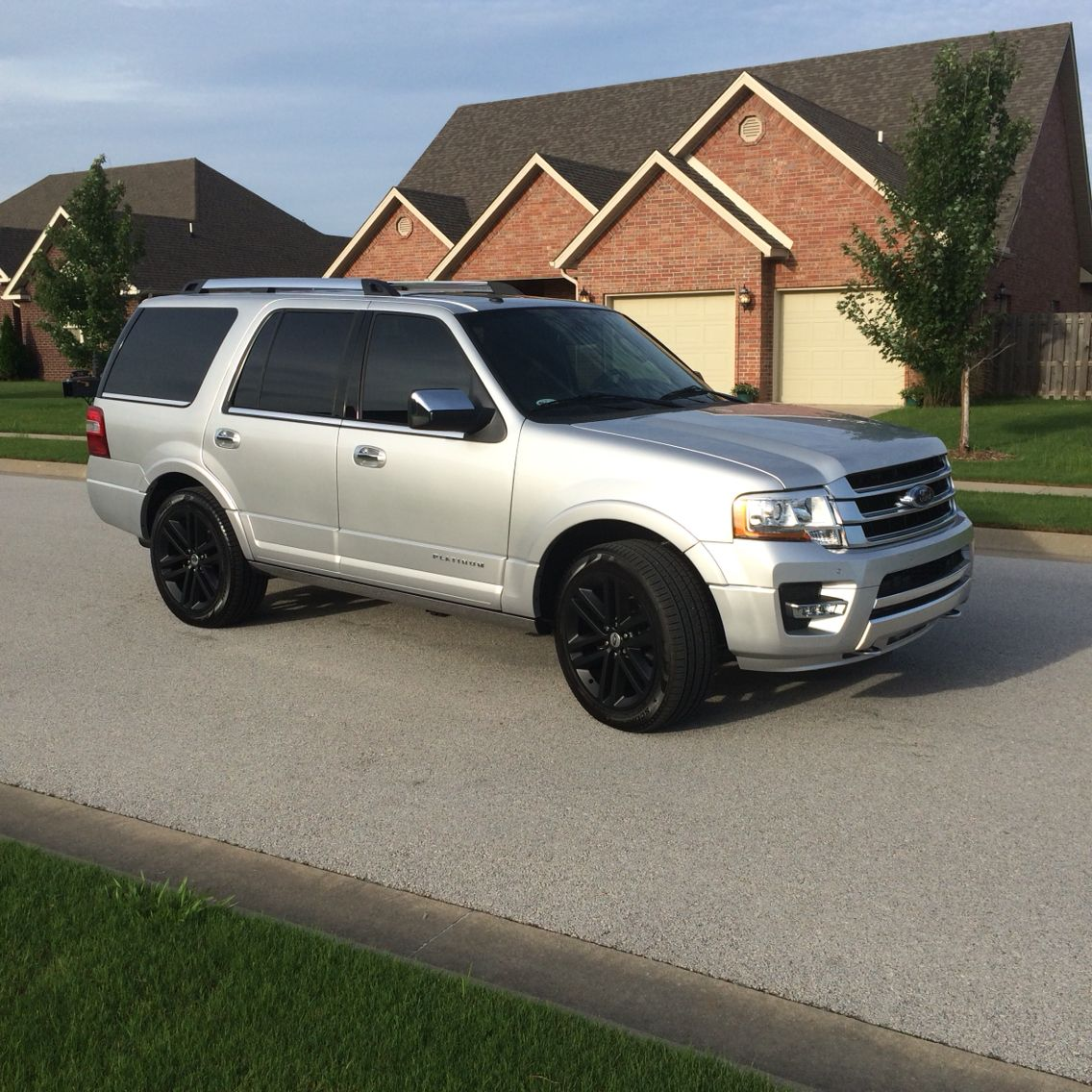 Ford Expediton: #2015 #ford #expedition #silver #matte #black #custom
