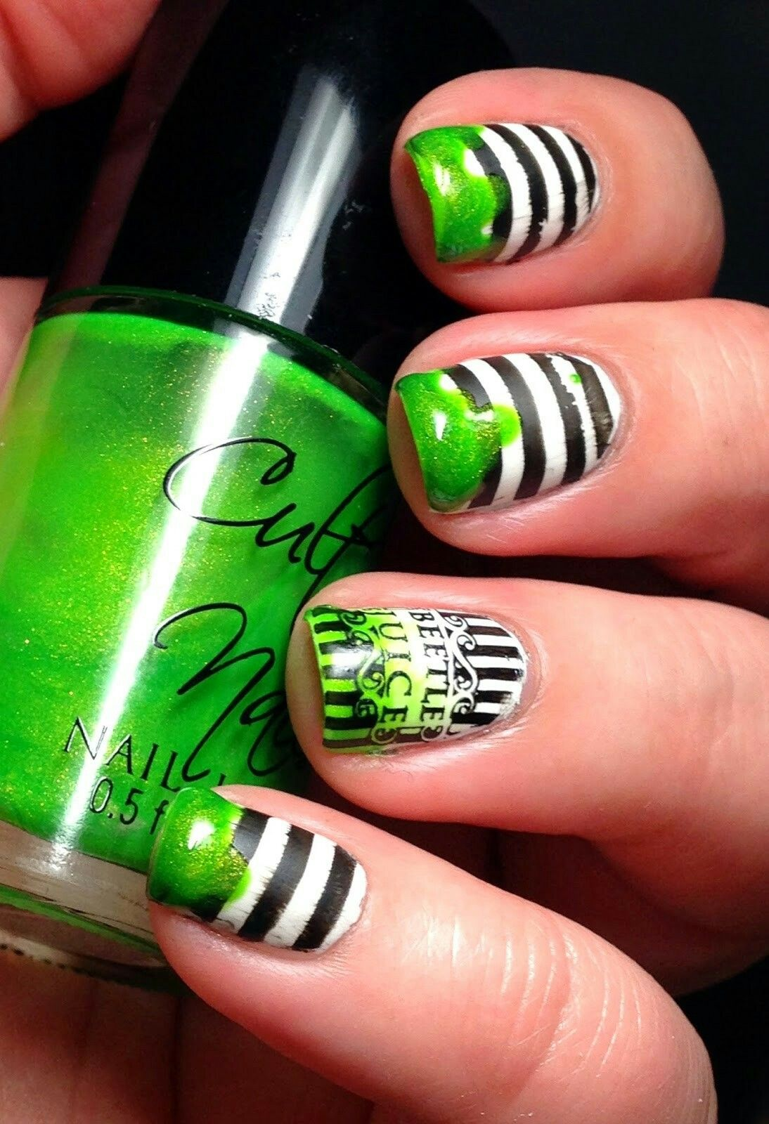 Beetlejuice nails   Halloween nail designs, Scary ...