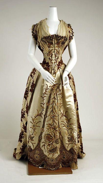 Elaborate embroidered satin lace late Victorian evening dress ball ...