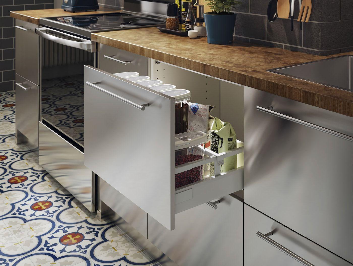 A Restaurant Inspired And Practical Kitchen Professional Kitchen Design Sleek Kitchen Kitchen Hacks Organization