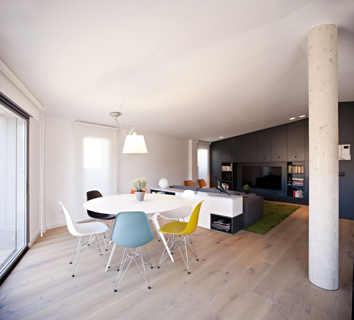 Interior Modern Duplex Ingenious Apartment Design For A Young Couple 0710 PZG