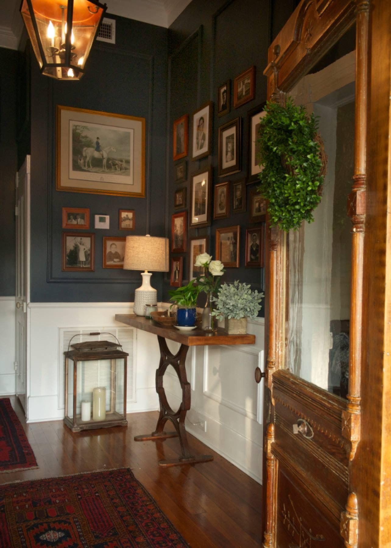 From HGTV Home Town I Like The Boxed Wainscoting On The