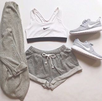 Shorts Shoes Nike Running Shoes Nike Shoes Sweater Bra Sports Bra Top Tank Top Black And White Grey Hat Cardigan Grey Sporty Outfits Sport Outfits Cute Outfits