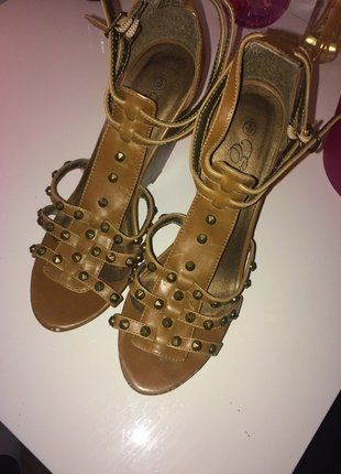 Buy here at #vinteduk http://www.vinted.co.uk/womens-shoes/other/6297204-tan-wedges-peacocks