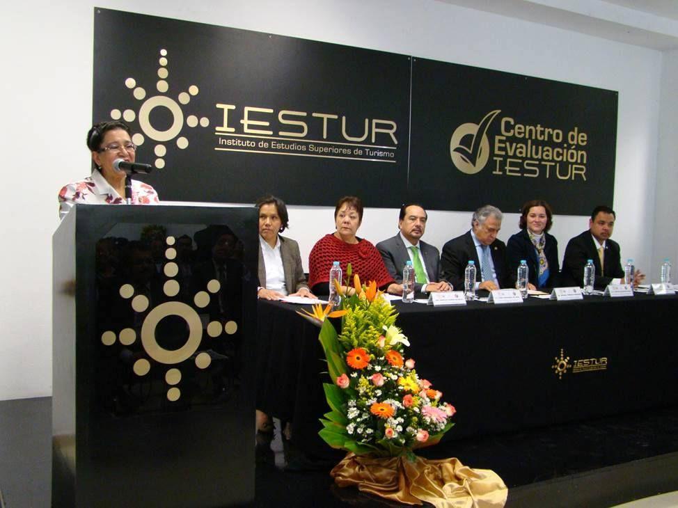 ESTUR, excelencia educativa, 35 años al formar profesionales en Turismo y Gastronomía