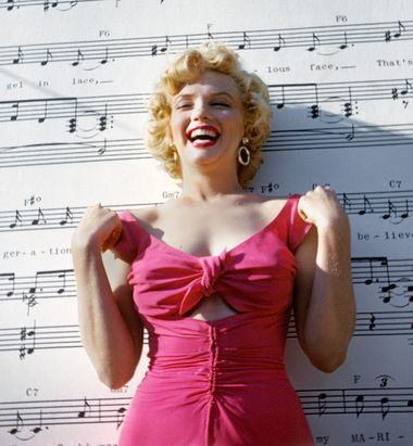 On the Wall: The Lost Photos of Marilyn Monroe | American Photo #hollywoodstars
