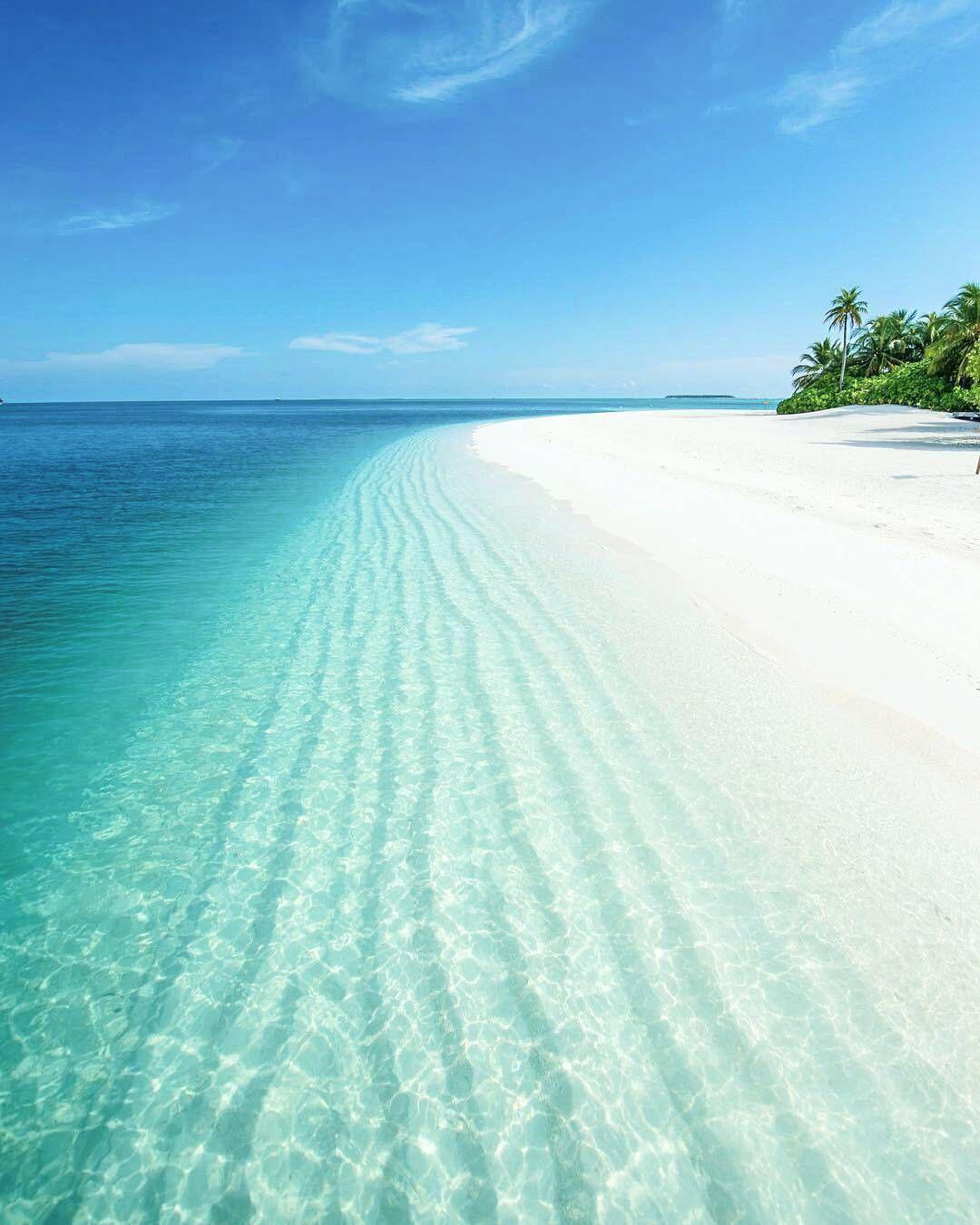 Maldives Beach: The Maldives Islands #Maldives #MaldivesPins