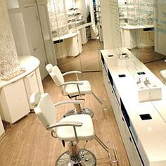 The best brow bars in NYC   Salon suites decor, Brow bar ...