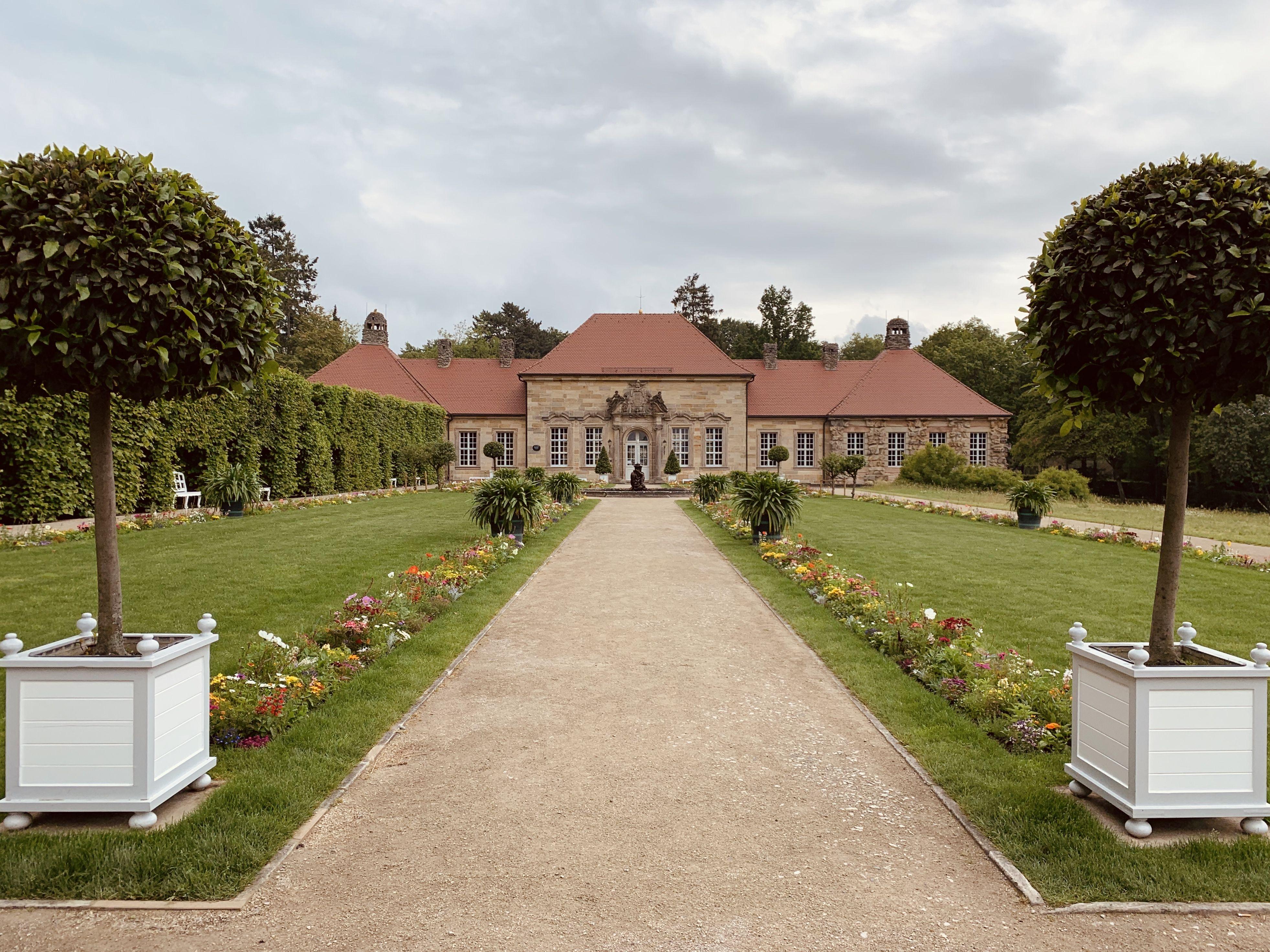 Altes Schloss In Der Eremitage In Bayreuth In 2020 Bayreuth Schweiz Reise Reisen