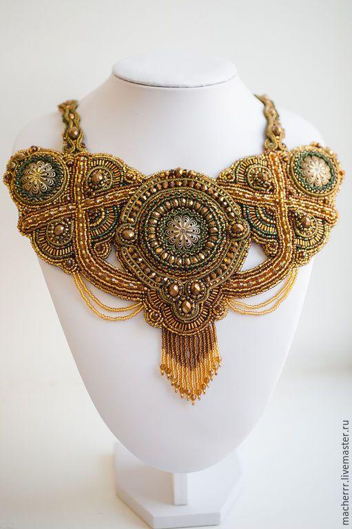 """Купить Колье """"Саломея"""" - золотой, колье, колье из бисера, macherrr, necklace, jewelry, крупное украшение"""