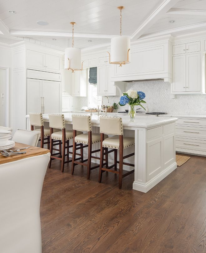Best Benjamin Moore Chantilly Lace White Kitchen Paint Color 400 x 300