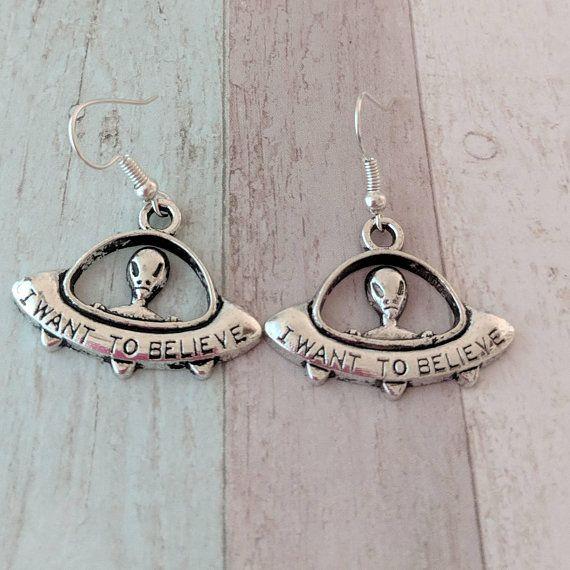 alien earrings alien jewelry geek earrings geek jewelry fandom