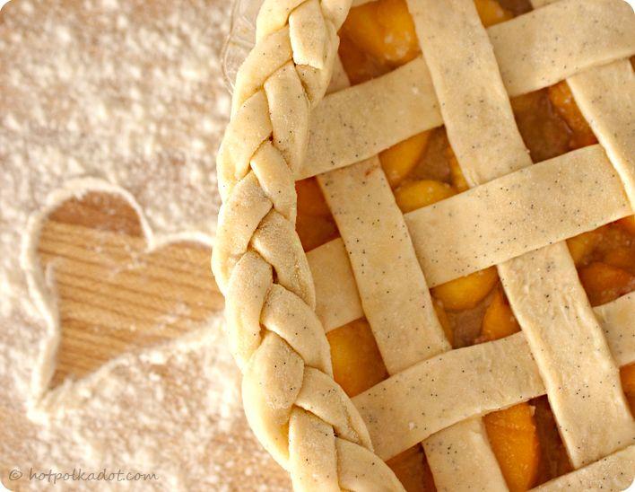 Whatever Dee-Dee wants, she's gonna get it: Recipe Roundup- Triple Vanilla Dulce de Leche Peach Pie