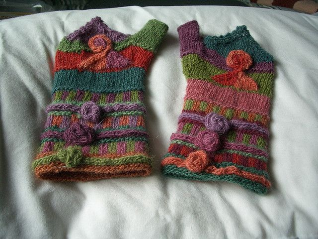 would love to get this kit to make these. Very talented knitter.