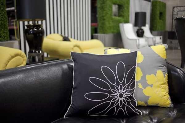 Brilliant Feng Shui Colors For Interior Design And Decor Yellow Color Machost Co Dining Chair Design Ideas Machostcouk