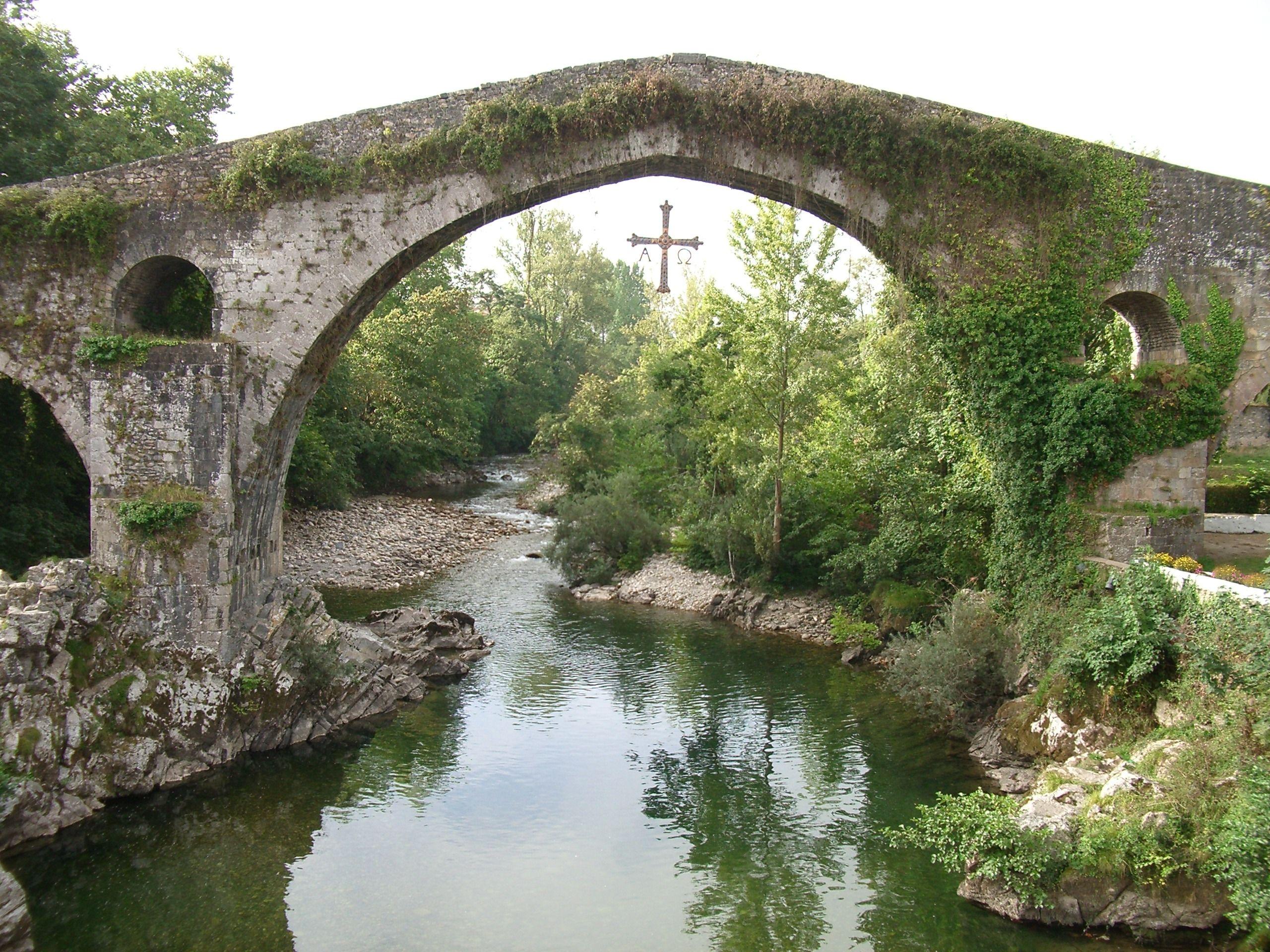 Puente Romano en Cangas de Onís, Asturias