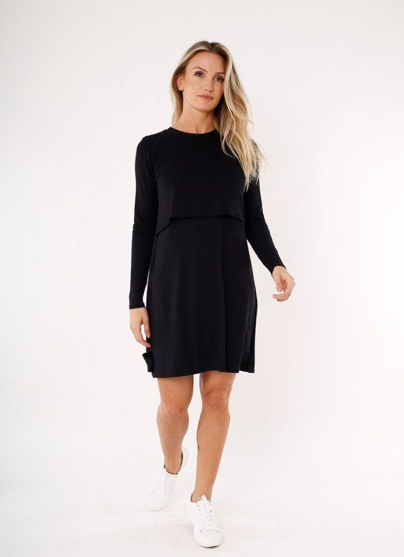 6421043f01 O pretinho básico é a roupa perfeita para uma mulher grávida. Elegância e  estilo