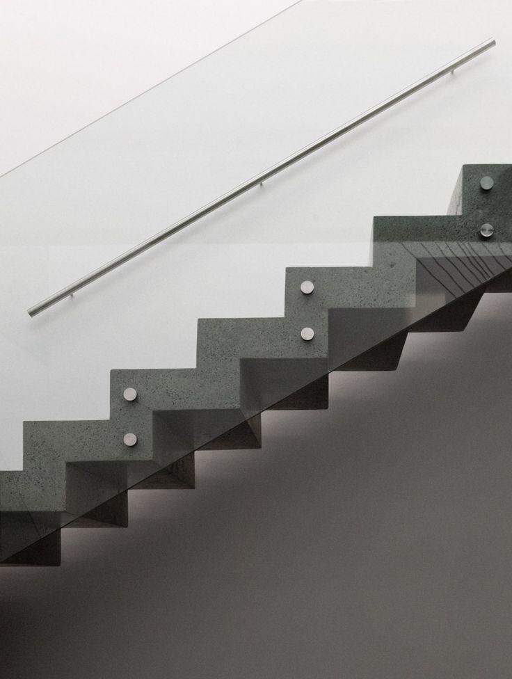 Best Glass Guardrail Concrete Stair Google Search Concrete 400 x 300