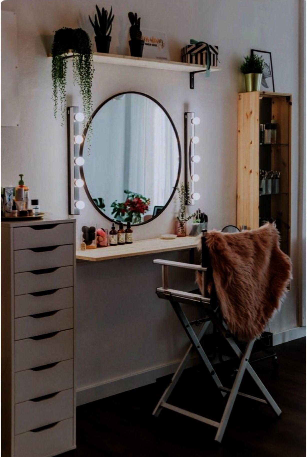Makeup Brushes Eyeshadow, Makeup Vanity Restoration ...
