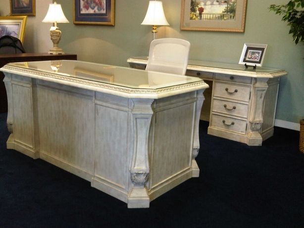 This Is The Desk I M Looking For White Executive Desk Office Desk Shabby Chic Office