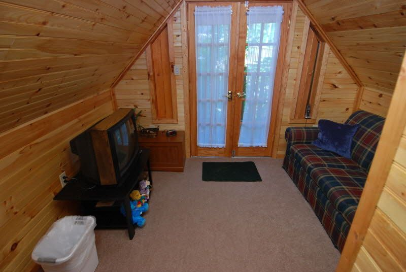 Mountainside Getaway Is A Custom Built Log Cabin Located In