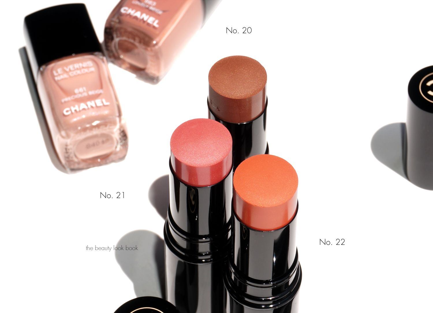 chanel les beiges blush stick - Google Search   Beauty Must-Haves ... bf325aea795