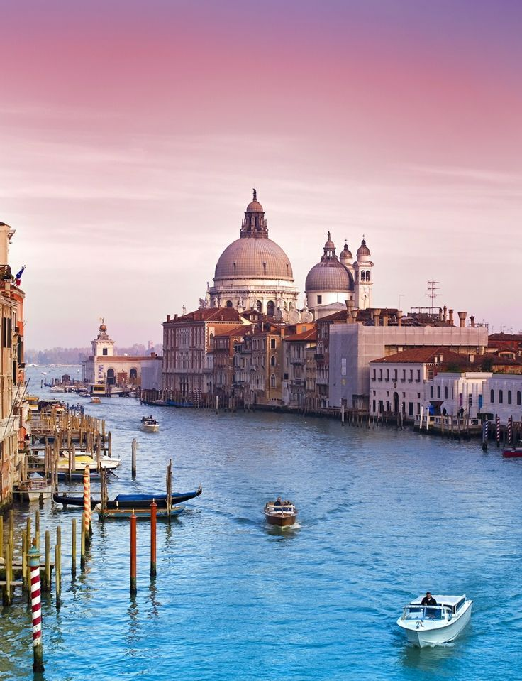 One of the most beautiful cities in the world is the Italian diva of the waters, Venice. The elegant floating gondolas through the canals, above which there are about 400 bridges, smaller and larger, beautiful palaces and churches, walking through romantic tight streets, flower balconies, even those who strongly oppose the romance, this place will not left you t remain immune.