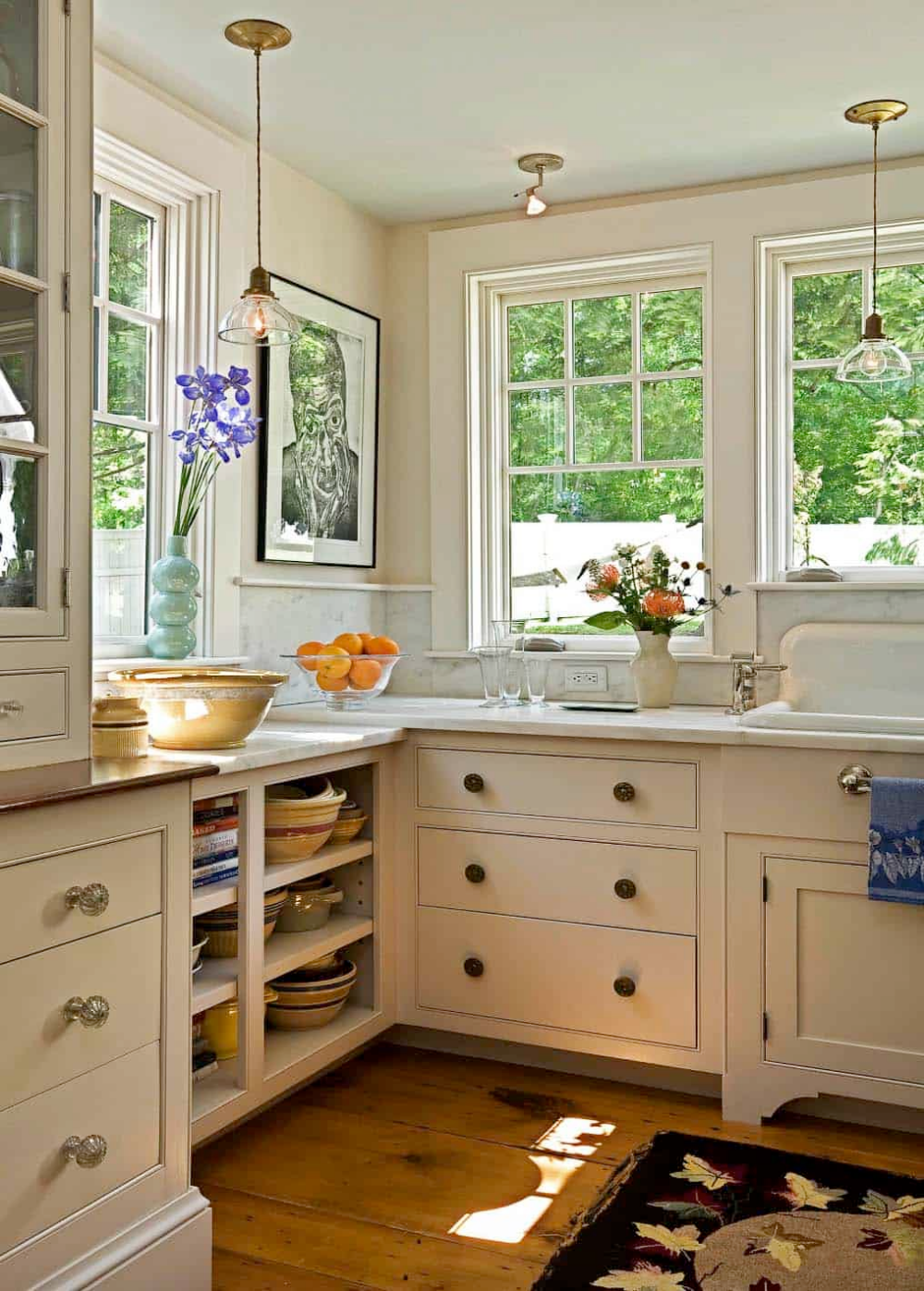 Antique cape style house gets charming makeover in New ...