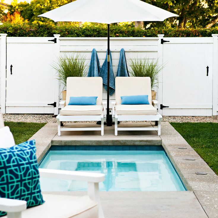 Splash pool - Give your Backyard a Beach Club Look - Sunset