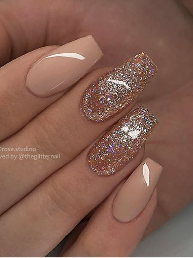 Amazing nude coffin shaped nails with glitter des